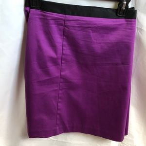 PURLE SKIRT WITH BLACK TRIM